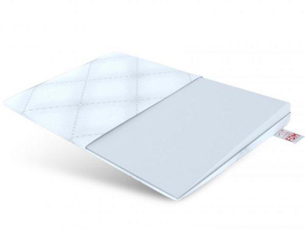 Poduszka klin NEA na białym tle pianka