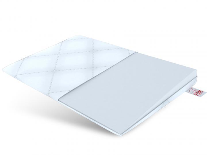 Poduszka klin NEA na białym tle